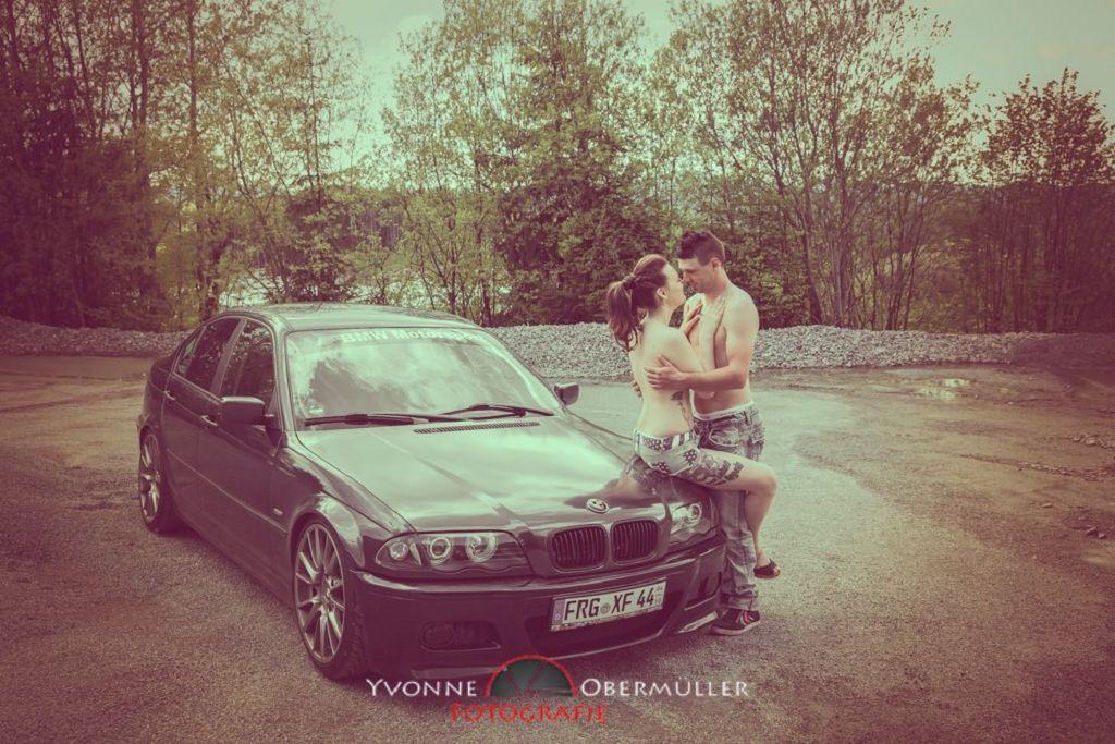 Aktfoto, Dessousfotoshooting, Auto, BMW,Erotik, Fotografin Niederbayern