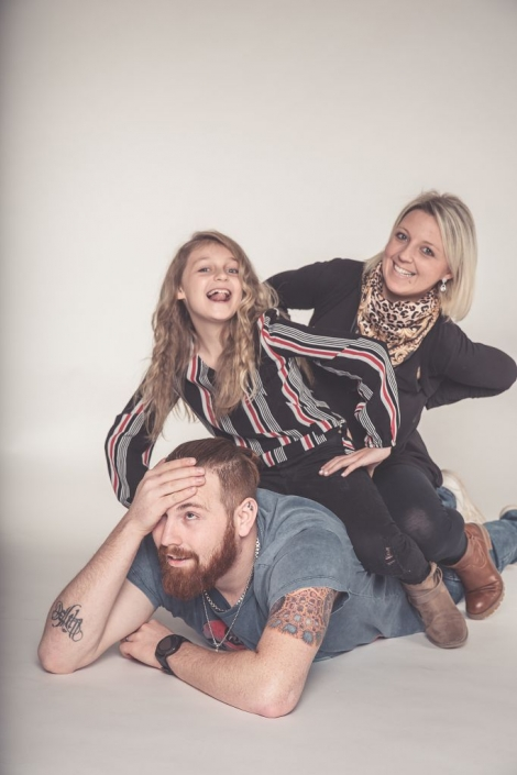 Familienfotoshooting, Familienbilder, Kinder, Eltern, fotografin freyung/Grafenau